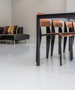 white-mugyanta-floor